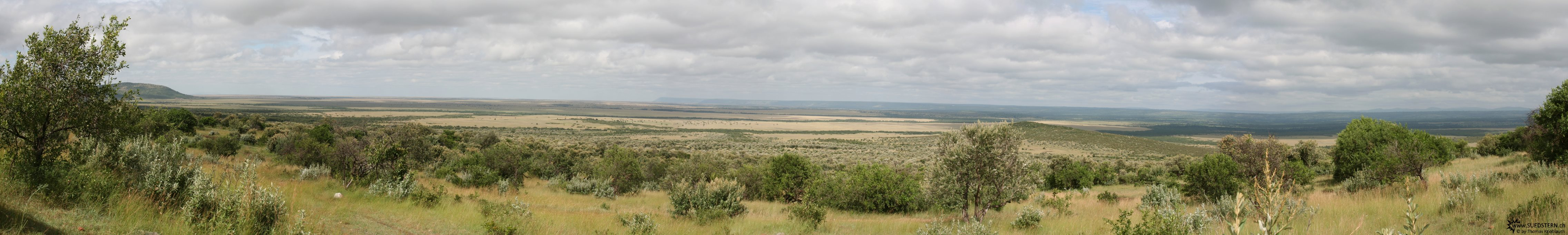 2007-04-14 - Kenya - Massai Mara from Hill Panorama